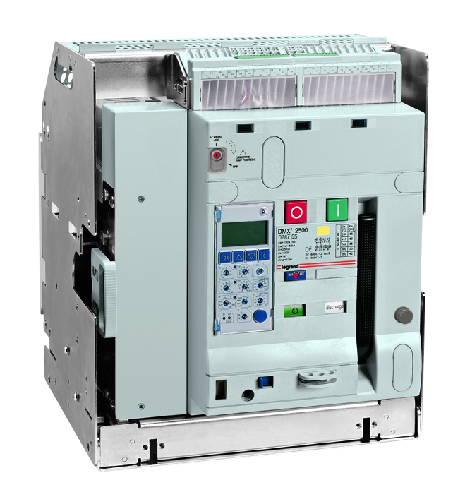 DMX³ air circuit breakers 2500 - 100 kA 3P 800A