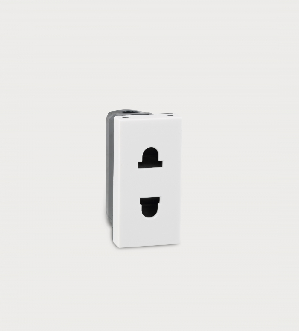 Myrius 6 16 A 2 Pin Euro Us Socket 6730 41 Legrand High Performance Power Over Ethernet Injector By Prevnext