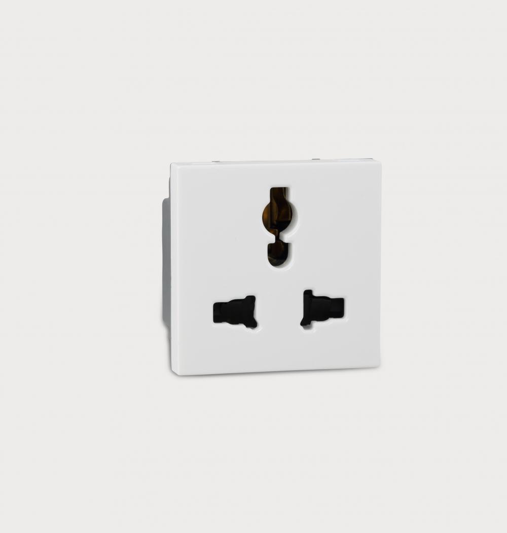 Myrius Multistandard Socket 6730 43 Legrand High Performance Power Over Ethernet Injector By Prevnext